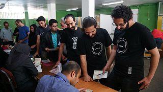 Irán dividido entre conservadores y reformistas