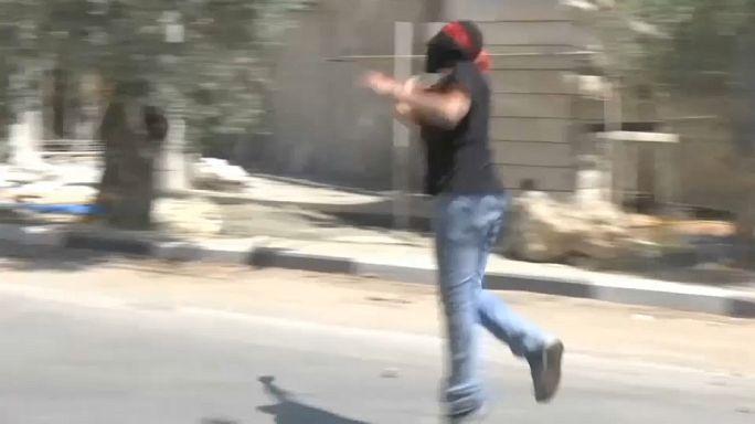 إصابة 51 فلسطينياً في مواجهات مع الجيش الاسرائيلي
