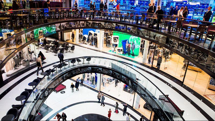 Eurozone consumer sentiment continues to improve