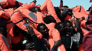 Thousands of migrants rescued from Mediterranean