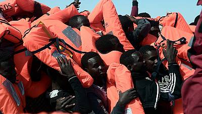 2100 migrants rescued in Mediterranean, heading to Italy
