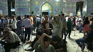 Présidentielle en Iran : Rohani devance Raissi