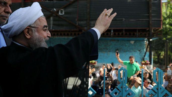 إعادة انتخاب روحاني بنسبة 57 بالمئة من الأصوات
