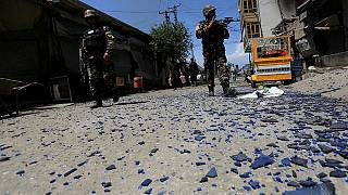 مقتل 11 من عائلة واحدة في انفجار قنبلة في أفغانستان
