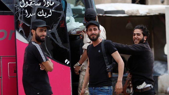 انطلاق العملية الأخيرة من إجلاء المقاتلين وعائلاتهم من مدينة حمص