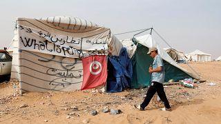 الجيش يطلق النار لتفريق محتجين كانوا سيقتحمون منشأة نفطية