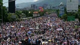 Βενεζουέλα: 50 ημέρες διαδηλώσεων