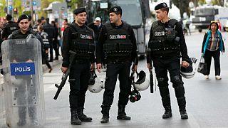 الشرطة التركية تقتل شخصين يشتبه في انتمائهما لداعش