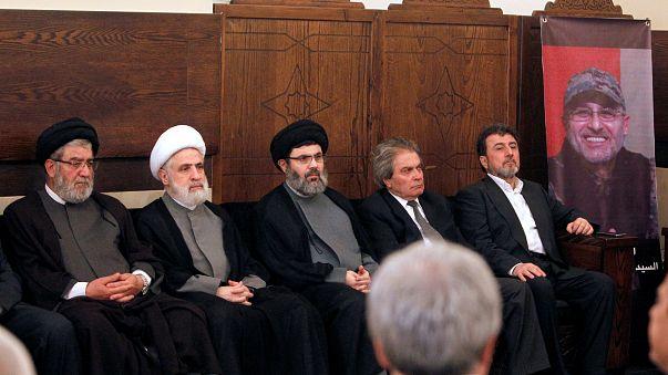 """قيادي في حزب الله يصف ادارة ترامب بـ""""المجنونة"""""""