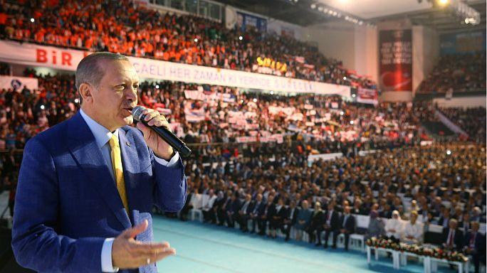 Erdogan retoma el control del Partido Justicia y Desarrollo