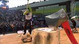 بطولة عالمية لتقطيع الخشب في هامبورغ