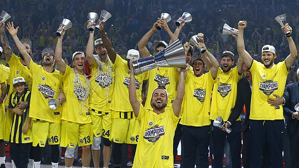 Basket, Eurolega: il Fenerbahce di Datome Campione, steso l'Olympiacos
