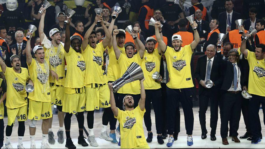 Le Fenerbahçe sur le toit de l'Europe