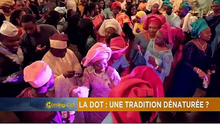 Le montant excessif de certaines dots, la séduction des hommes en plein Sahel [Culture TMC]