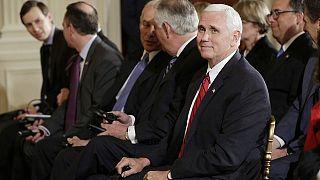 Des étudiants boycottent un discours de Mike Pence