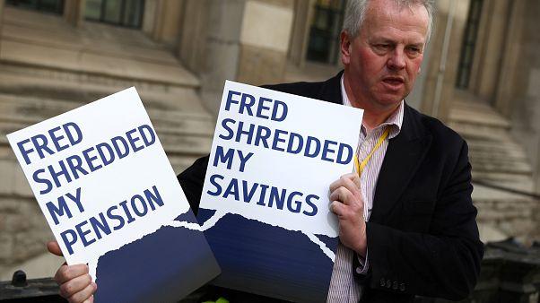Royal Bank of Scotland versucht empörte Aktionäre ruhigzustellen