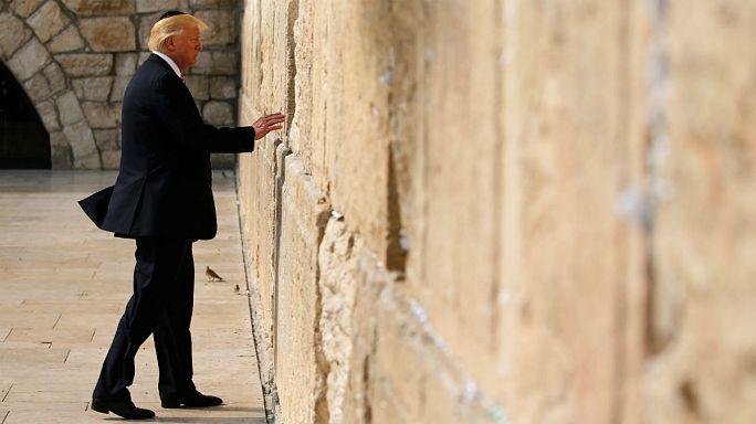 """ترامب يزور الدولة العبرية ويُصلي عند """"حائط المبكى"""""""