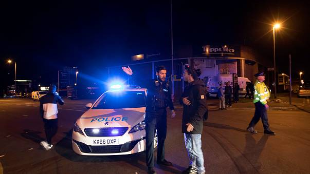 Manchester: 22 Tote bei Selbstmordanschlag nach Popkonzert