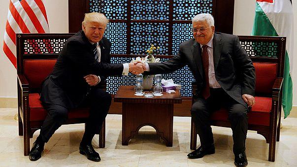 """Trump incontra Abbas a Betlemme: """"Mi impegno per la pace tra palestinesi e israeliani"""""""