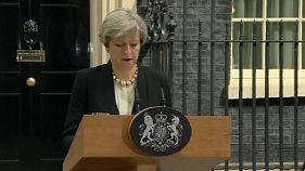 """Theresa May: """"Anschlag sollte gezielt wehrlose Kinder treffen"""""""
