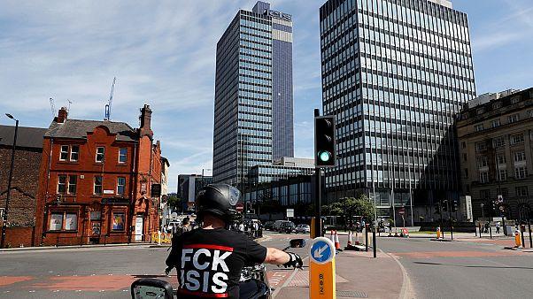 İngiltere terör saldırısının gölgesinde seçime gidecek