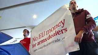 Сидячая антинатовская забастовка в Брюсселе