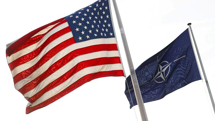 لمَ يريد دونالد ترامب المال من دول الناتو؟