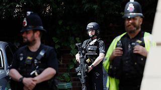 Manchester: alzato livello di allerta