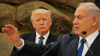 اسرائيل تجني أولى ثمار المليارات التي حصدها ترامب من العرب