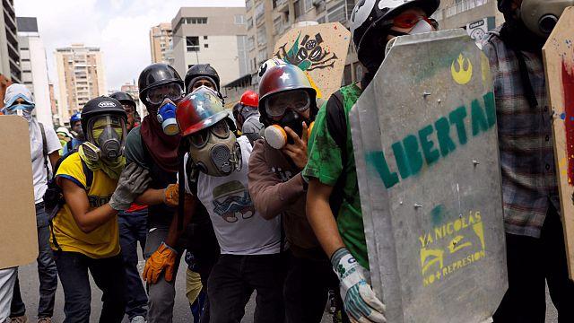 """La fiscal general venezolana denuncia """"excesiva"""" represión policial"""