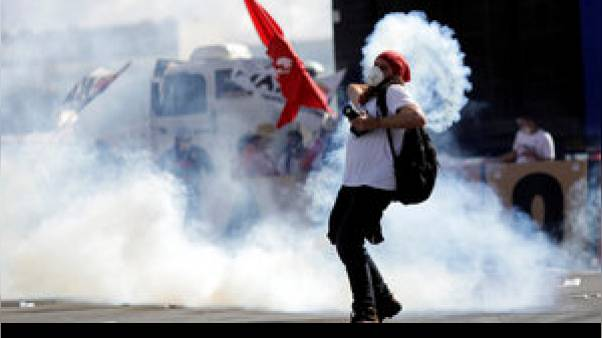 Συγκρούσεις διαδηλωτών και αστυνομικών στο Ρίο ντε Τζανέιρο