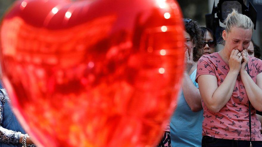 Landesweite Schweigeminute für Manchester-Opfer