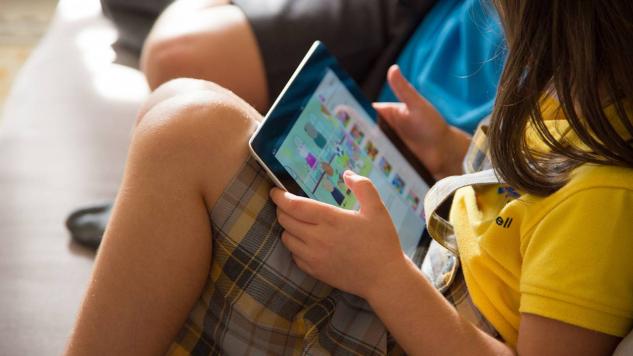 Image: Mobile TV Watching