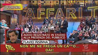 """La """"coltellata"""" di Striscia a Flavio Insinna"""