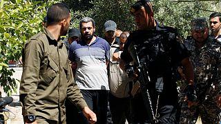 حماس تعدم العملاء المتورطين بقتل أحد قياداتها