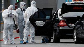 اصابة رئيس وزراء اليونان الأسبق اثر انفجار رسالة مفخخة