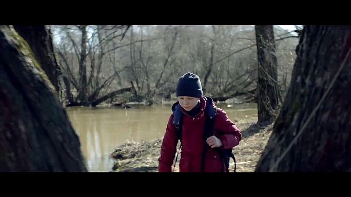 """""""Lieblos"""": Die Einsamkeit eines 12-jährigen Scheidungsopfers"""