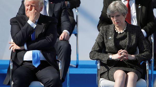"""""""Trumplomacia"""": Donald Trump en Europa, entre empujones y feroces apretones de mano"""