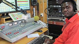 S.Sudan frees journalist held for over 2 years without charge