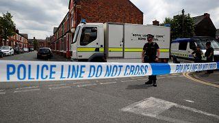 Χαμηλώνει το επίπεδο απειλής η Μ. Βρετανία