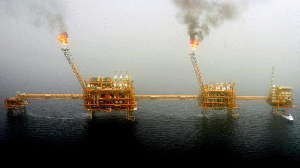 زنگنه: مایل به همکاری با شرکتهای بزرگ نفتی آمریکایی هستیم
