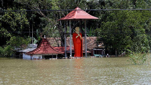 Emelkedik a Srí Lanka-i árvíz áldozatainak száma