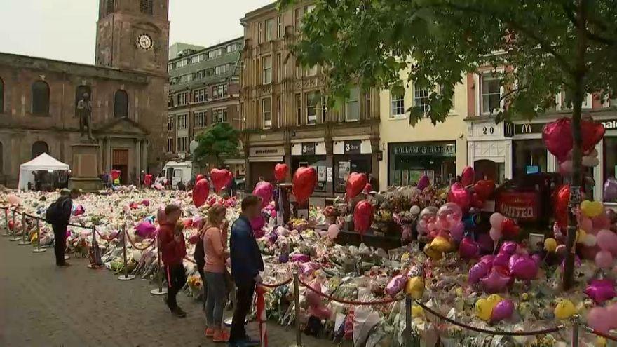 La policía difunde nuevas imágenes del yihadista de Manchester