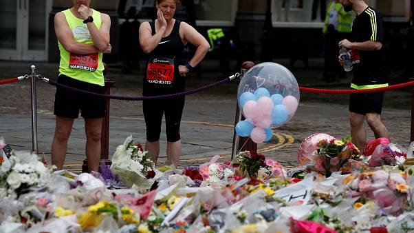 وزیر کشور بریتانیا: شاید همه همدستان بمبگذار منچستر دستگیر نشده باشند