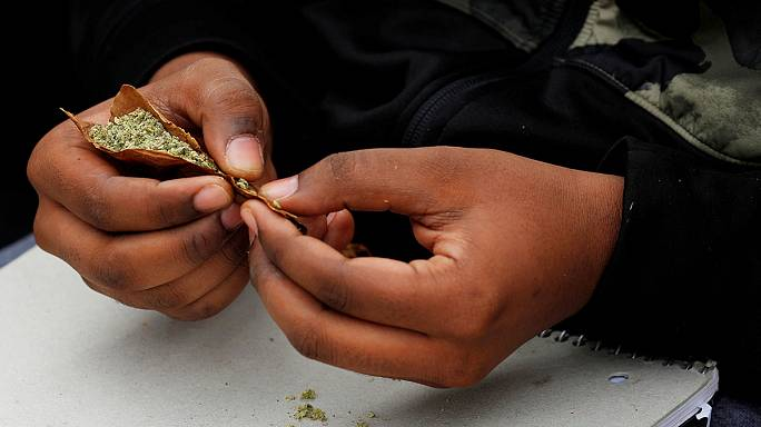 France wants to scrap prison terms for cannabis use