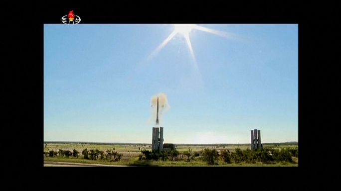 Pyongyang testa sistema de defesa antiaéreo
