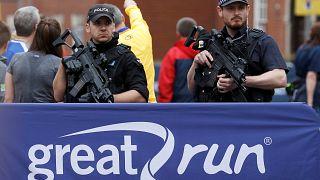 Manchester, nuovi arresti. L'intelligence indaga suklla sottovalutazione della pericolosità dell'attentatore