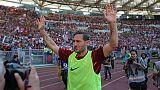 Totti diz adeus aos relvados