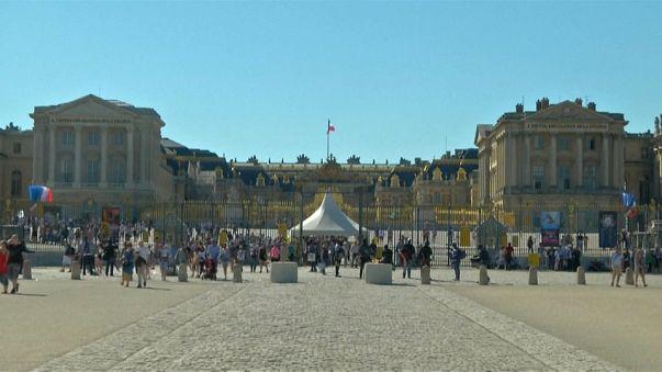 Macron empfängt Putin in Versailles