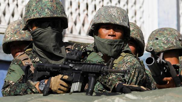 آلاف النازحين في جنوب الفلبين بسبب المعارك
